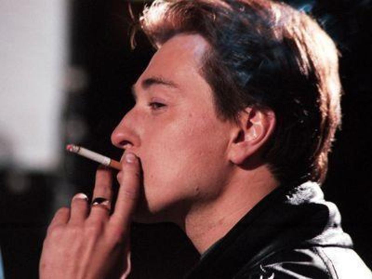 Сергей Безруков готовится стать известным певцом