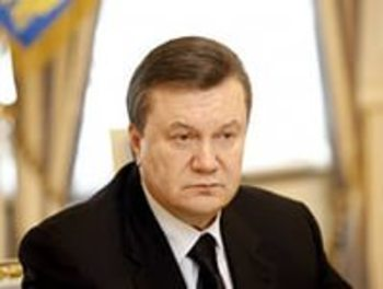 Янукович готов принять участие в суде  по обвинению  в госизмене