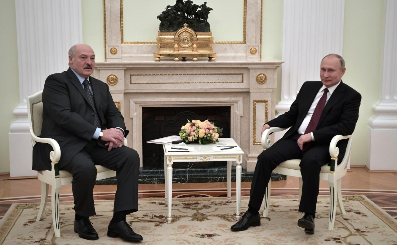 Путин возвращает Белоруссию