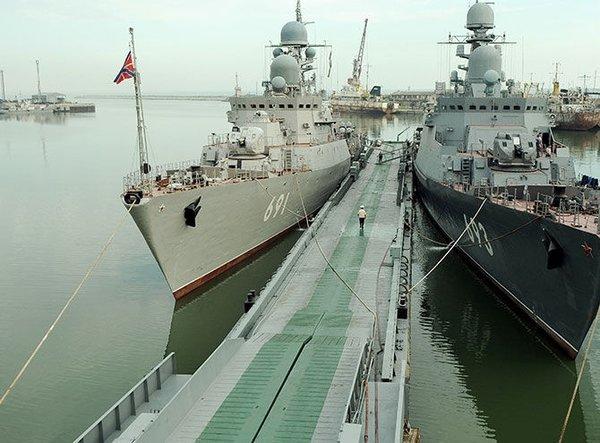 Россия готовится к обострению ситуации в регионе и производит передислокацию Каспийской флотилии