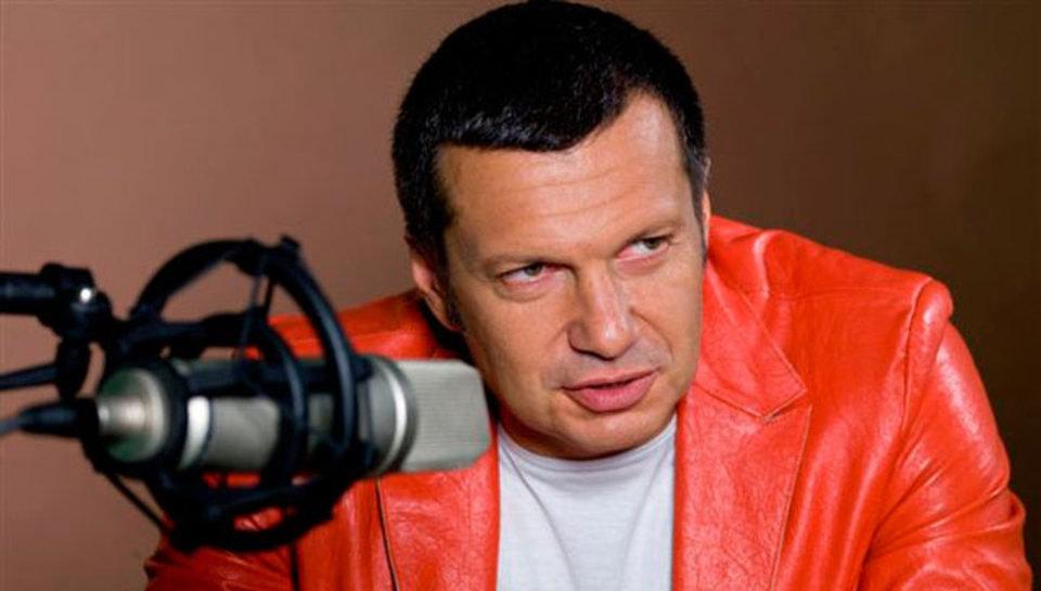 Соловьев посчитал Бузову тупой