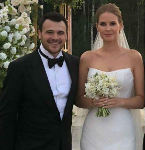 Эмин женился во второй раз