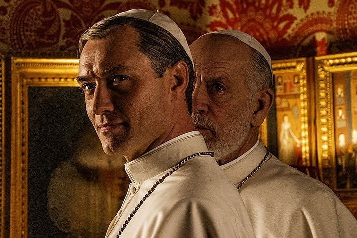Кого дразнит сериал «Новый папа»?
