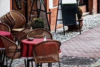 В Бурятии 11 человек отравились в кафе