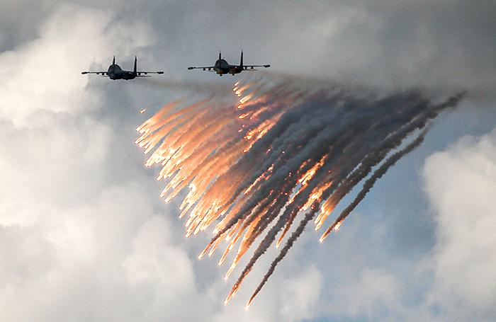 ЧП с бомбардировщиками в неб…