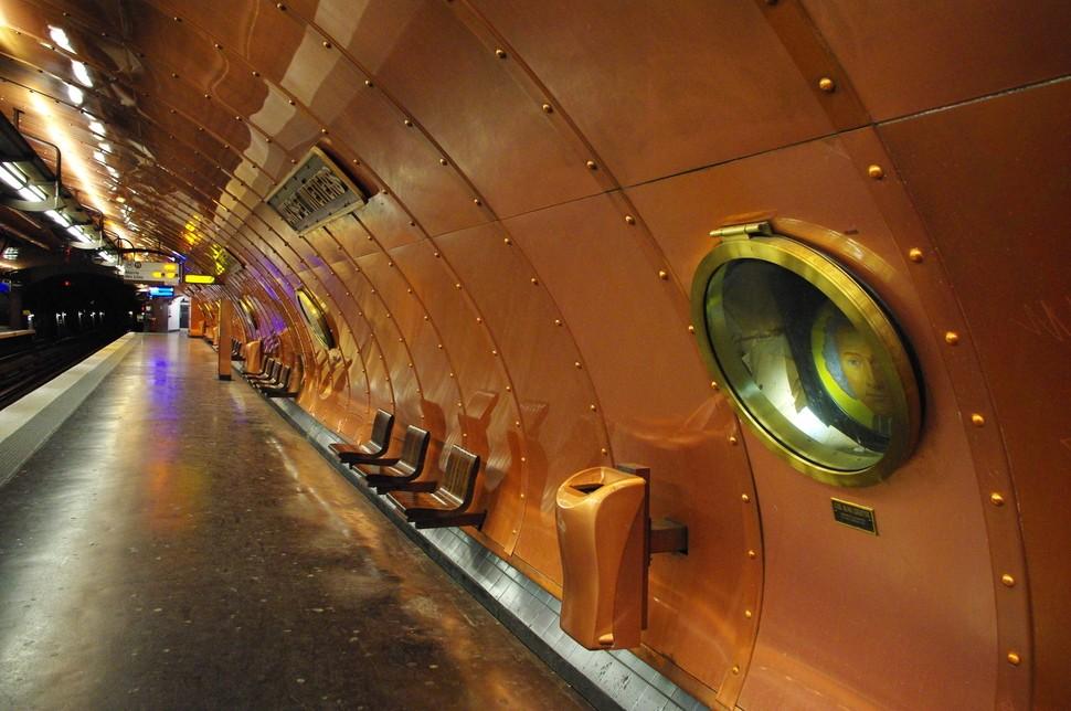 MetroStations21 17 самых волшебных станций метро со всего мира