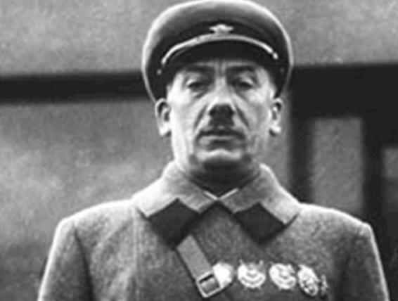 За что в 1937 году казнили наркома внутренних дел Генриха Ягоду