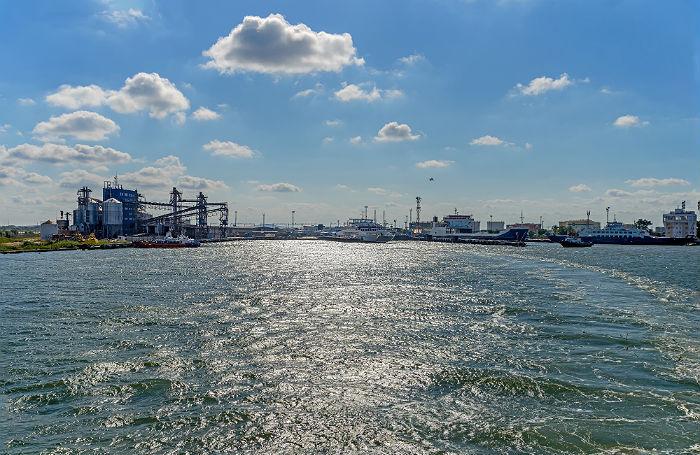 Украинский министр грозит санкциями за Азовское море