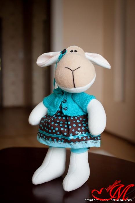 Опять прекрасные овечки  с выкройкой...(из инета)