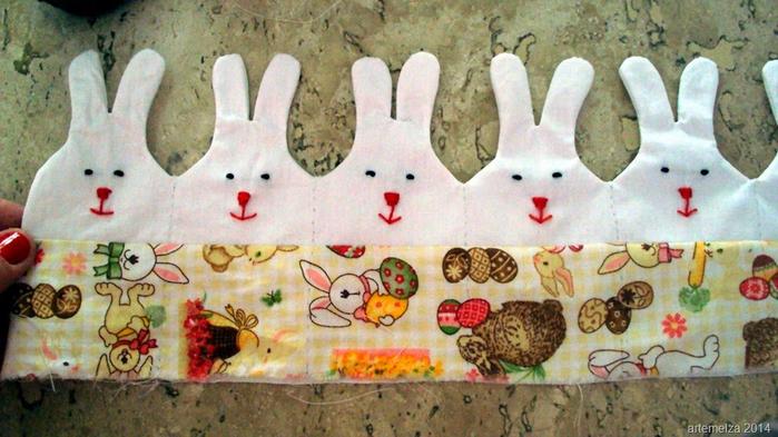 Текстильная корзинка из пасхальных зайцев. Мастер-класс (20) (700x393, 366Kb)