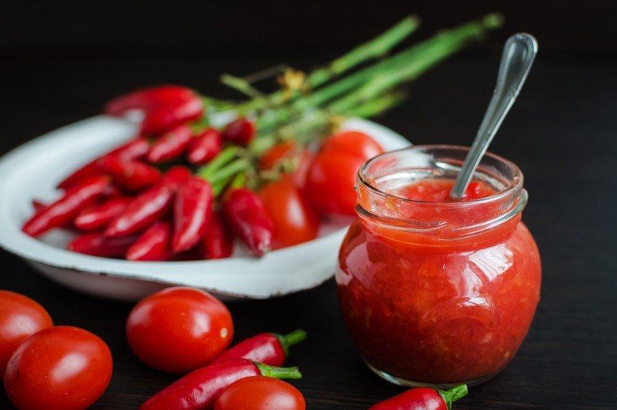 Соус, варенье и еще четыре заготовки из томатов на зиму