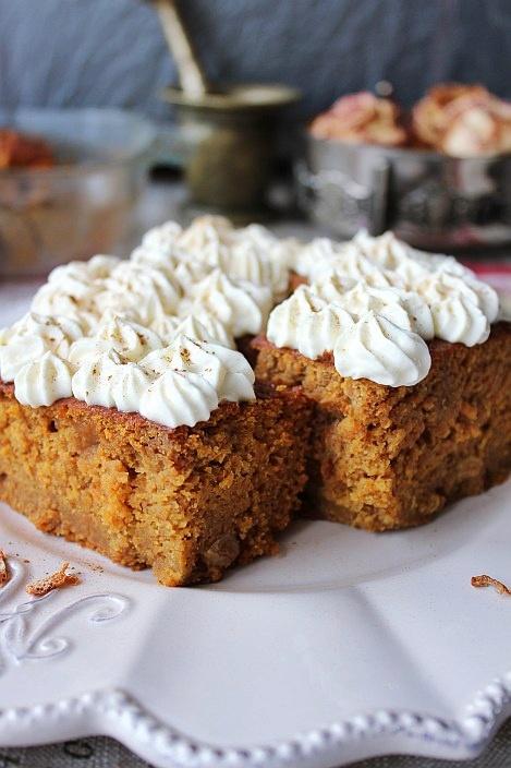Пряный пирог из тыквы с апельсиновым кремом