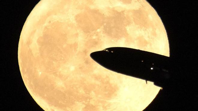 На Луне существует огромный запас воды: научные доказательства
