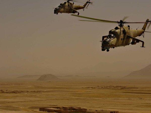 Враг повержен: Вертолеты ВВС России спасают базу Хмеймим в Сирии
