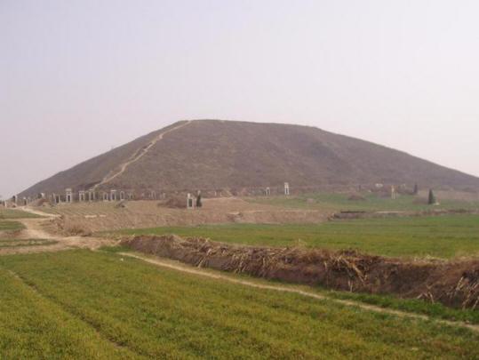 Великие пирамиды Китая+видео