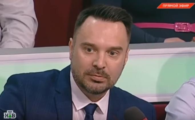 Польского русофоба побили на российской передаче за слова «Ваши деды – красные фашисты»