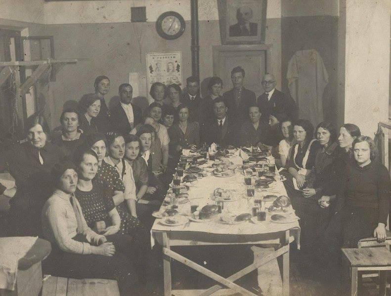 8 марта 1938 года и др. Корпоративы далекого прошлого на старинных фото