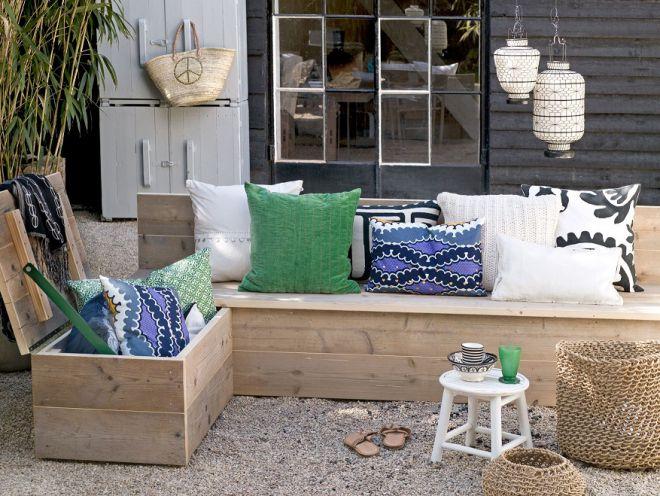 деревянная скамья с ящиком