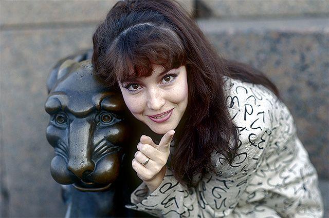 Успех яркий, но короткий. Что погубило актрису Анну Самохину?