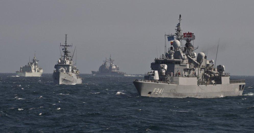Как запустить НАТО на Азов б…