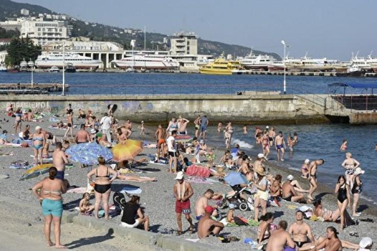 В Ялте не рекомендуют купать…