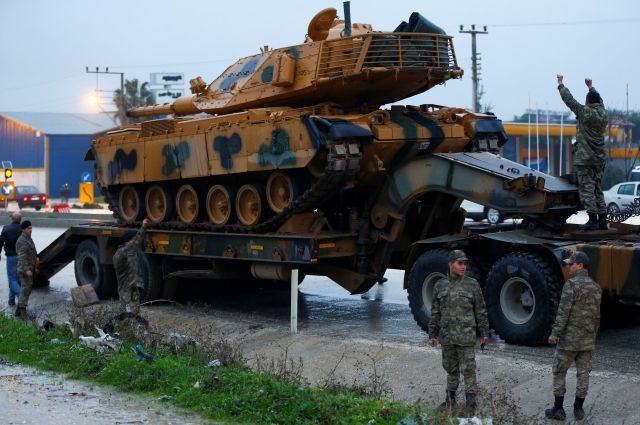 Власти Турции рассказали об обстреле позиций сирийских курдов в Африне