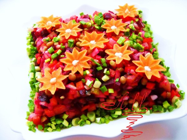 Украшение салата винегрет