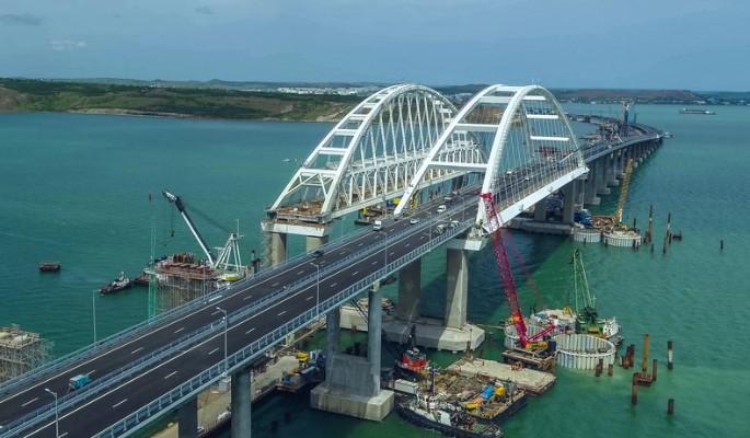 Трещины на Крымском мосту за…