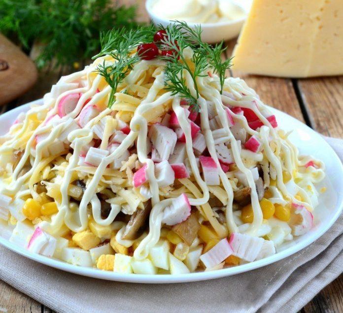Вкусный и необычный салат «Подкаблучник». Все подруги записали рецепт!