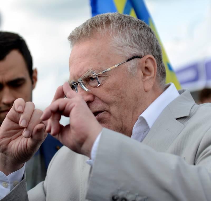 Полковник Жириновский прикроет Россию с помощью С-600 и С-700