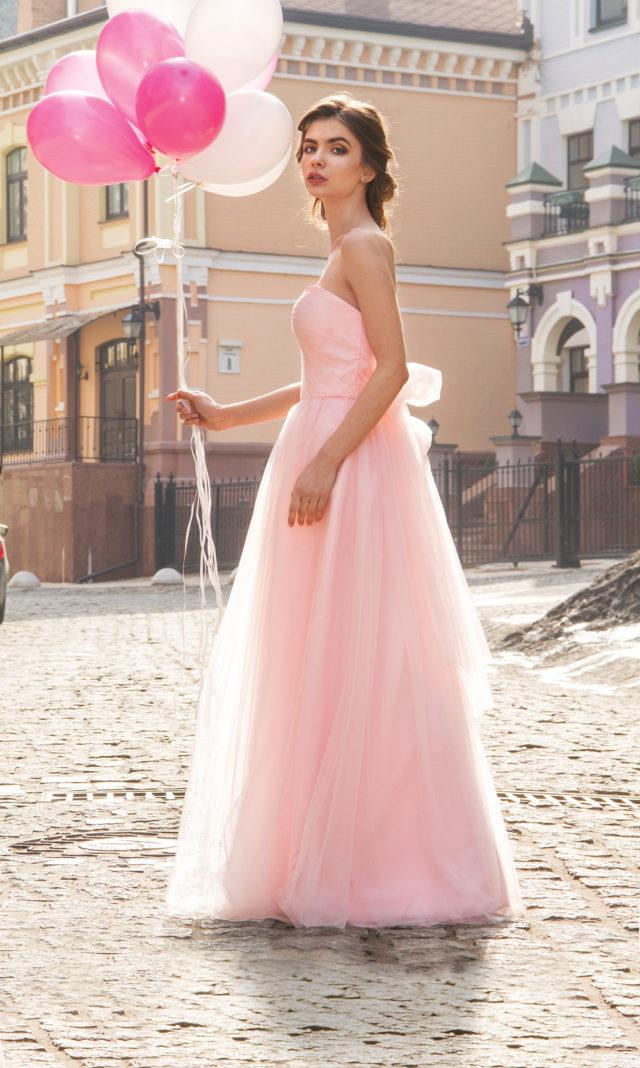 Где найти недорогое платье на выпускной