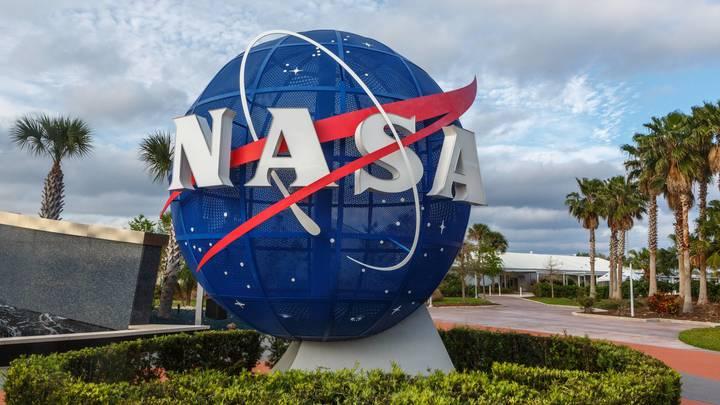 """В космосе нашли """"двойника"""" Земли: Учёные NASA заявили об обнаружении планеты, почти идентичной нашей"""