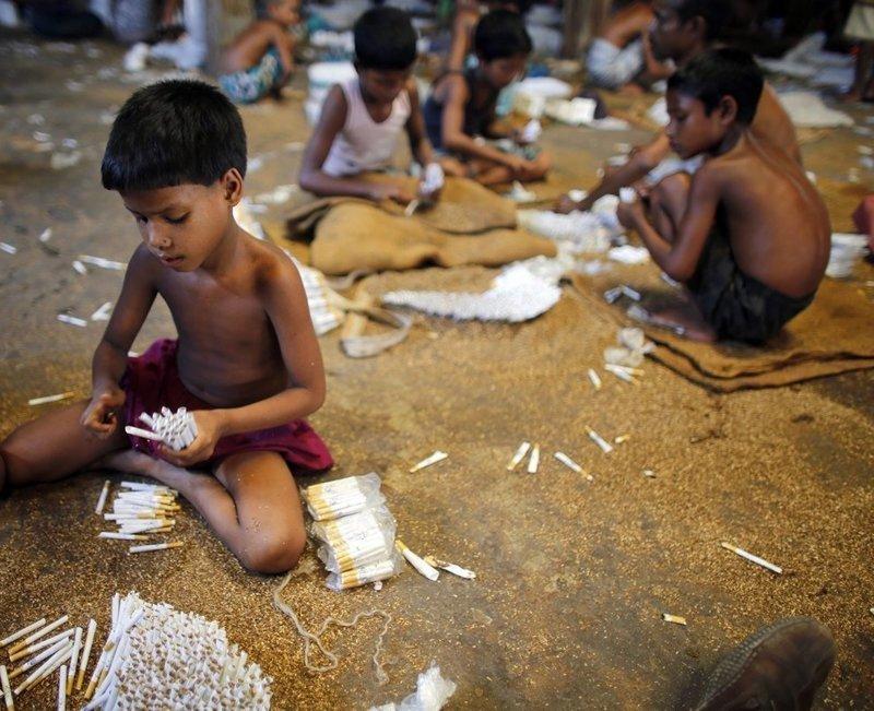 6. Жуткие снимки, Трогает до слёз, дети, детский труд, рабство