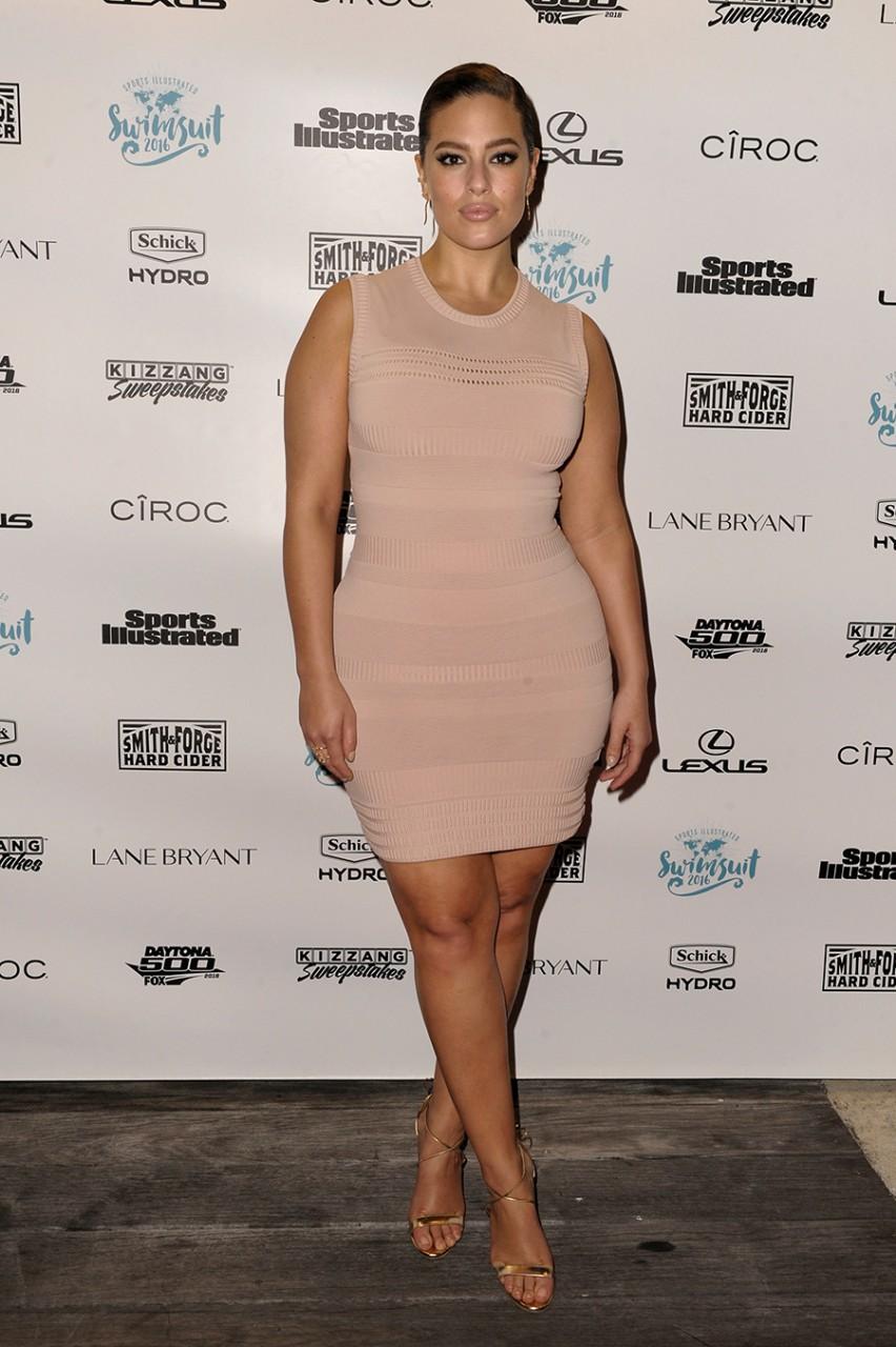 Как одевается модель plus size Эшли Грэм, чтобы выгодно подчеркнуть фигуру?