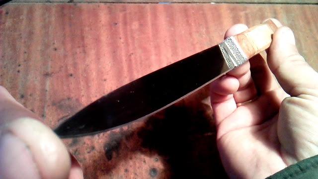 Нож из коньков без прибамбасов