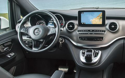 Daimler отзывает в России новую партию бракованных Мерседесов