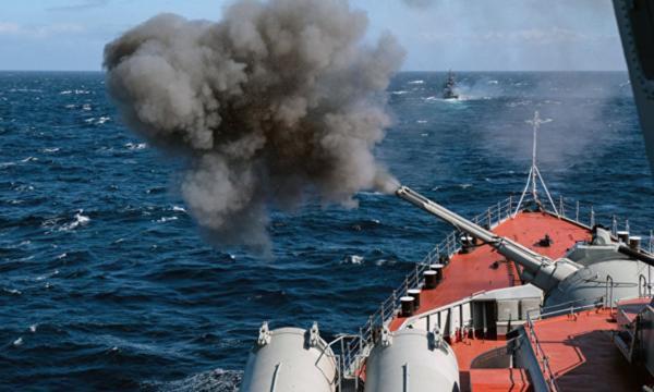 """""""Паника в НАТО"""": 36 российских военных кораблей у берегов Норвегии всерьез обеспокоили Брюссель"""