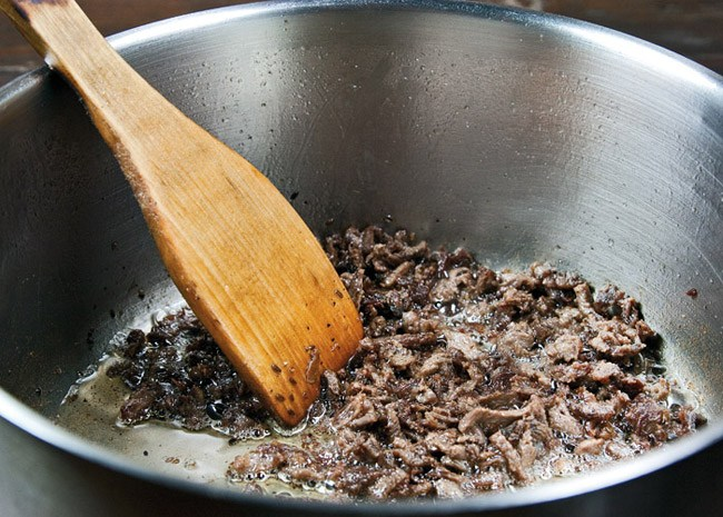 обжарка мяса для перцев, фаршированных рассыпчатой начинкой