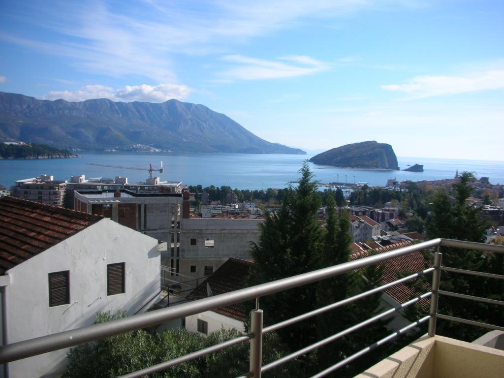 Продается квартира в Черногории, г. Будва