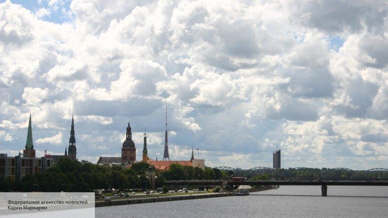 Политолог: Москва рублем нак…