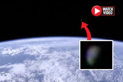 НАСА прервало прямой эфир с …