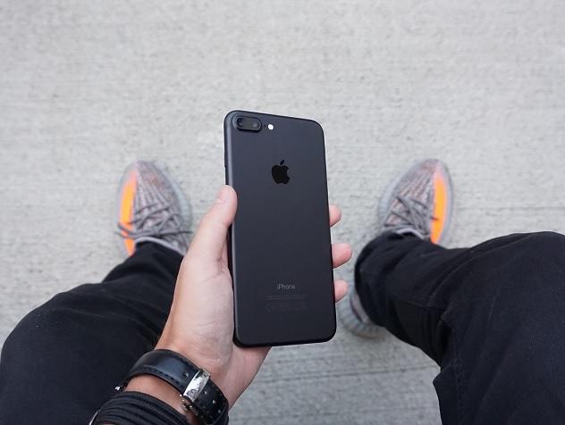 Каким будет новый iPhone SE и почему его ждут больше, чем iPhone X
