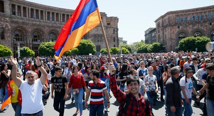 Армения против армян: эксперты рассказали о перспективах новой политики республики
