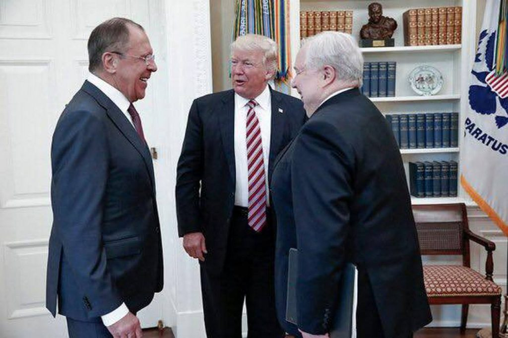 Лавров кошмарит Америку. Руслан Осташко