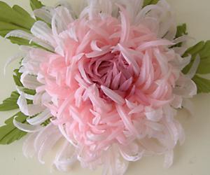 Хризантема - цветок из тонкой ткани
