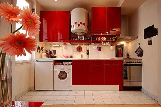 Очень маленькая кухня — 20 классных идей из парижских квартир