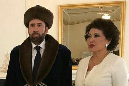 Николас Кейдж приехал в Казахстан, перебрал с кумысом и стал мемом
