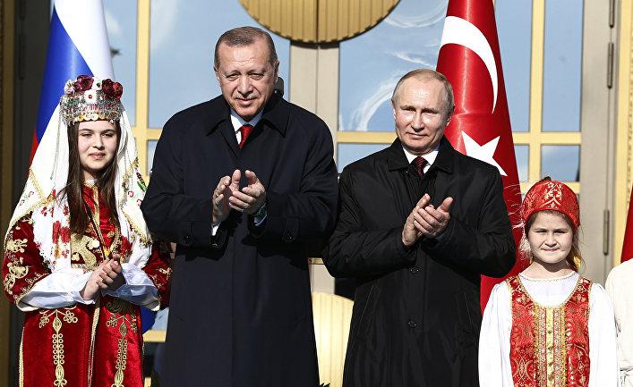 Пока между Турцией и Россией…