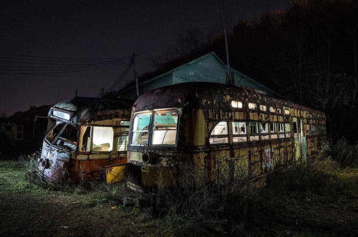 Заброшенное кладбище троллейбусов