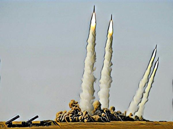 Самые дальнобойные в мире ракеты противововоздушной обороны приняты на вооружение РФ. Зачем они нужны?